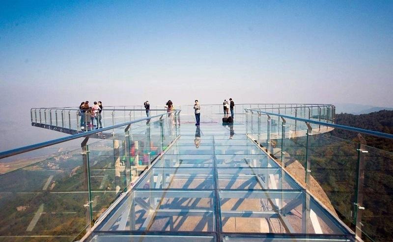 玻璃观景台介绍-玻璃观景台设计承建厂家为您分享